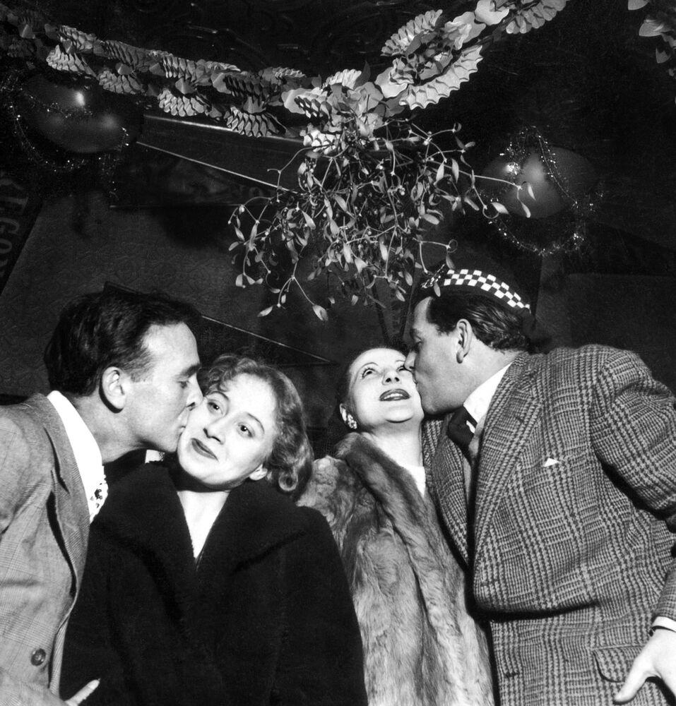 Sylwestrowa noc w Paryżu, 1951 rok