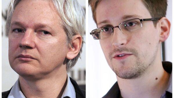 Założyciel WikiLeaks Julian Assange i były pracownik Agencji Bezpieczeństwa Narodowego Edward Snowden - Sputnik Polska