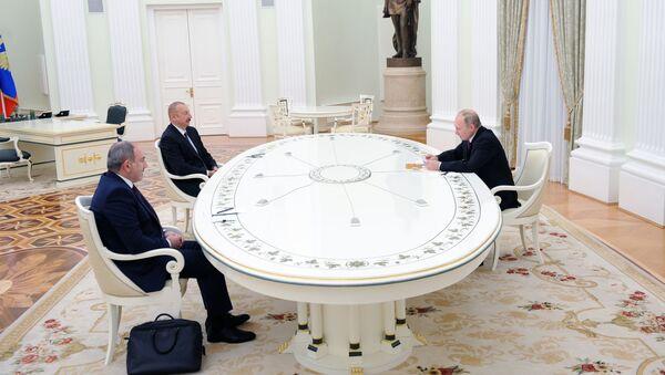 Rozmowa Putina, Pasziniana i Alijewa na Kremlu - Sputnik Polska