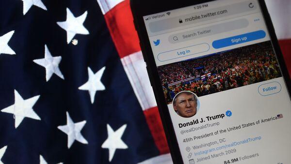 Konto Donalda Trumpa na Twitterze - Sputnik Polska