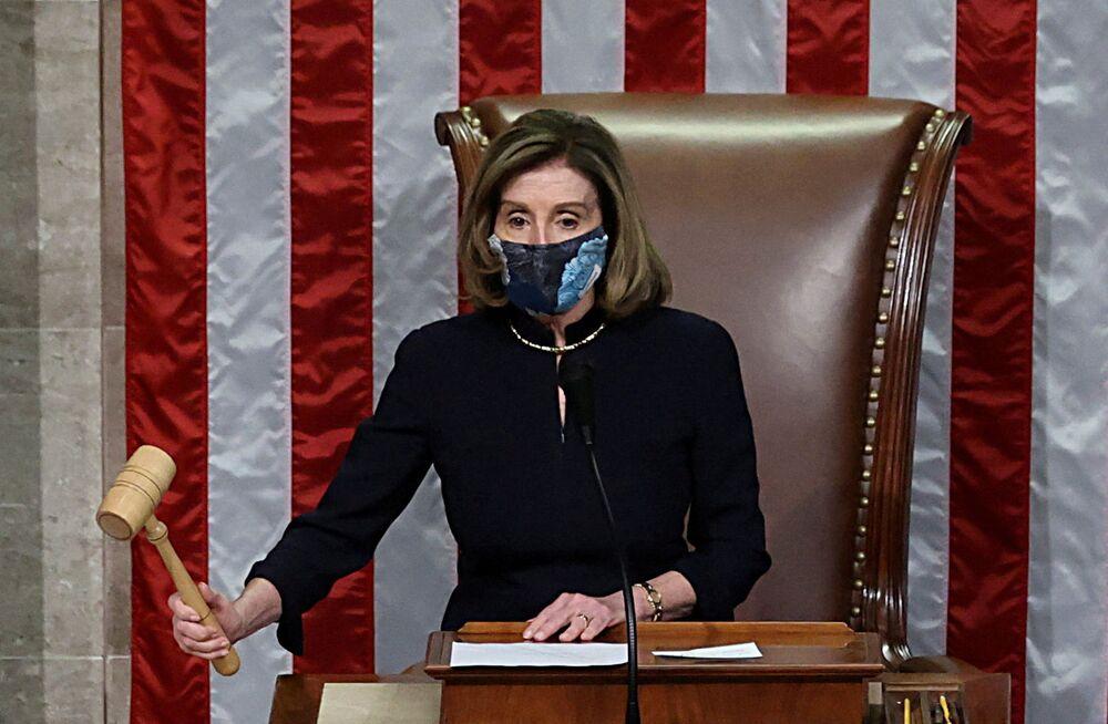 Spiker Izby Reprezentantów Stanów Zjednoczonych Nancy Pelosi podczas głosowania nad artykułem impeachmentu prezydenta Donalda Trumpa.