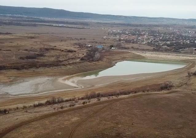 Na Krymie brakuje wody pitnej