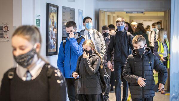 Uczniowie w szkole - Sputnik Polska