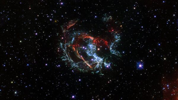 Dżety gazowe supernowej  1E 0102.2-7219. - Sputnik Polska
