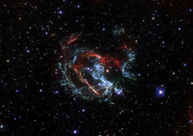 Dżety gazowe supernowej  1E 0102.2-7219.