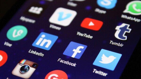 Logo Facebook, Twitter, Instagram, YouTube, Twitter - Sputnik Polska