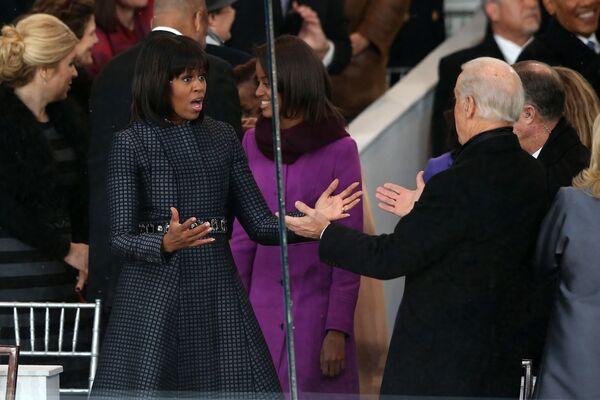 Była pierwsza dama USA Michelle Obama i wiceprezydent USA Joe Biden - Sputnik Polska
