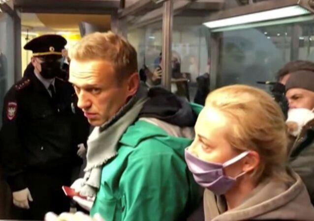 Aleksiej Nawalny zatrzymany na lotnisku Szeremietiewo