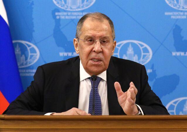 Minister spraw zagranicznych Rosji Siergiej Ławrow na konferencji prasowej poświęconej efektom działań rosyjskiej dyplomacji w 2020 roku