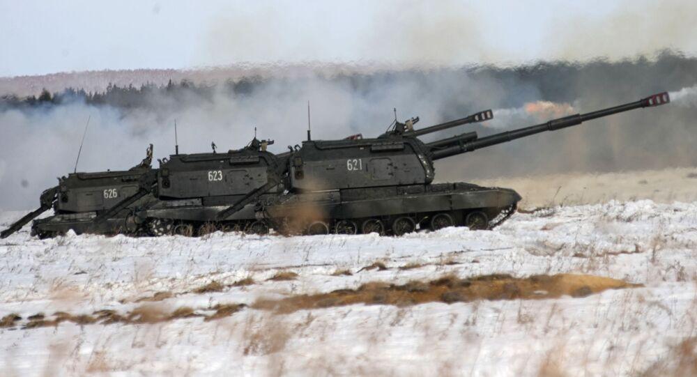 Ćwiczenia artyleryjskie na poligonie Czebarkul