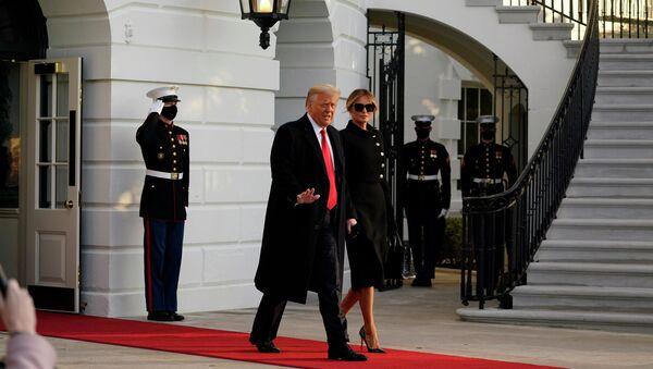 Donald i Melania Trumpowie opuszczają Biały Dom - Sputnik Polska