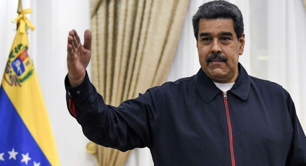 Prezydent Wenezueli Nicolas Maduro przed spotkaniem w Caracas