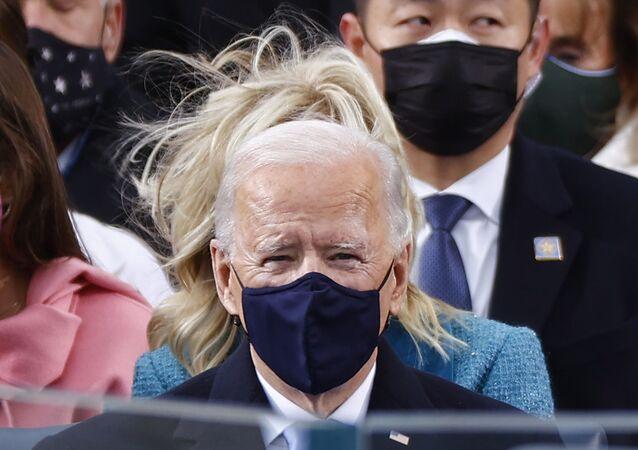 Joe Biden w masce podczas inauguracji 20 stycznia 2021 roku
