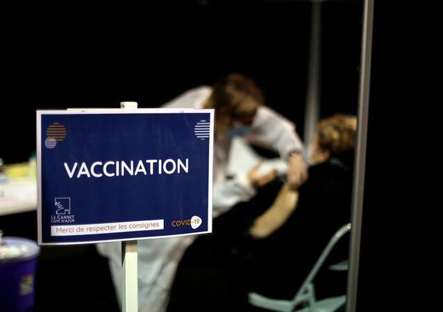 Szczepienia na koronawirusa we Francji