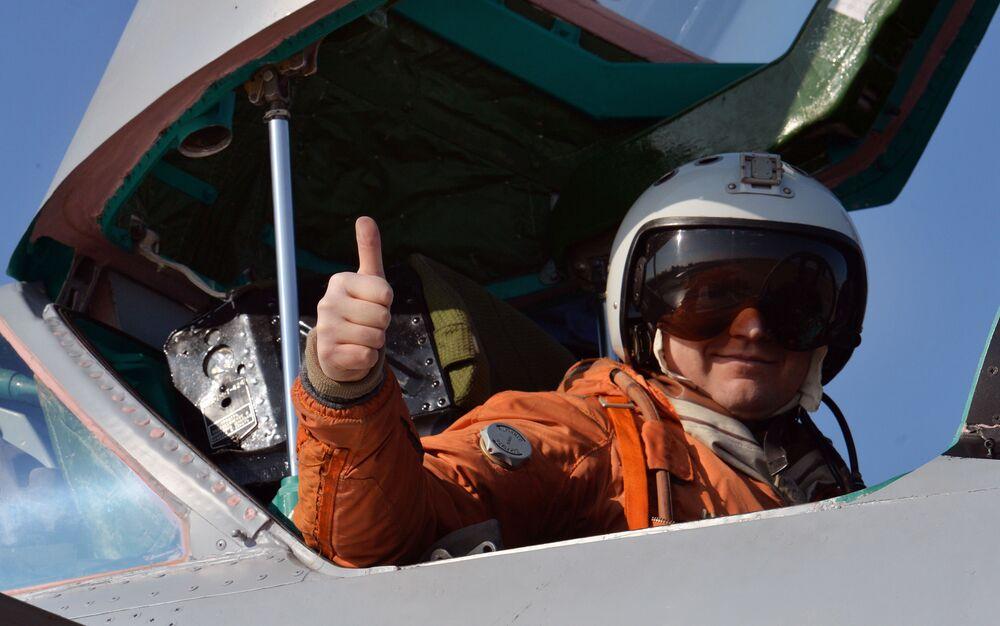 Przygotowanie do lotu naddźwiękowego myśliwca przechwytującego dalekiego zasięgu MiG-31