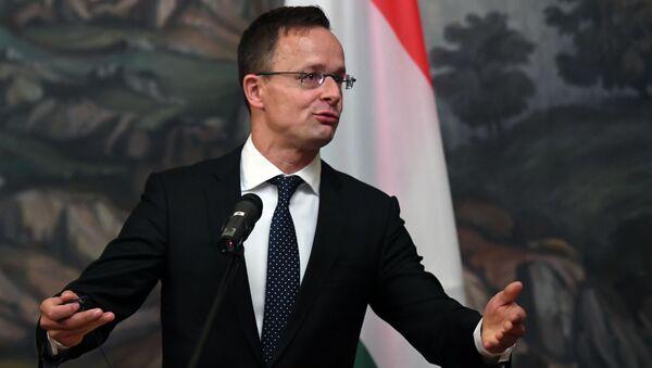 Minister spraw zagranicznych Węgier Péter Szijjártó. - Sputnik Polska