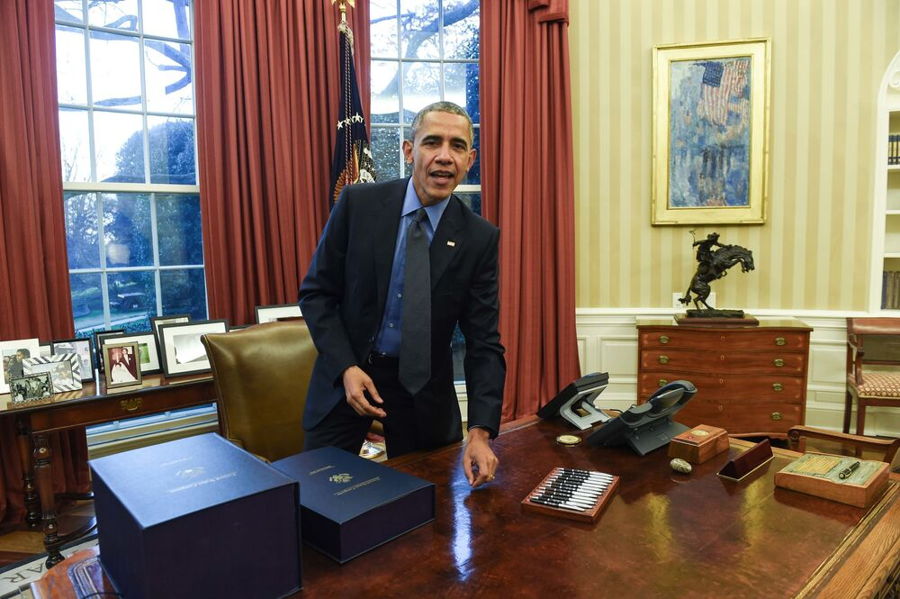 Prezydent USA Barack Obama w Gabinecie Owalnym w Białym Domu, 2015 rok