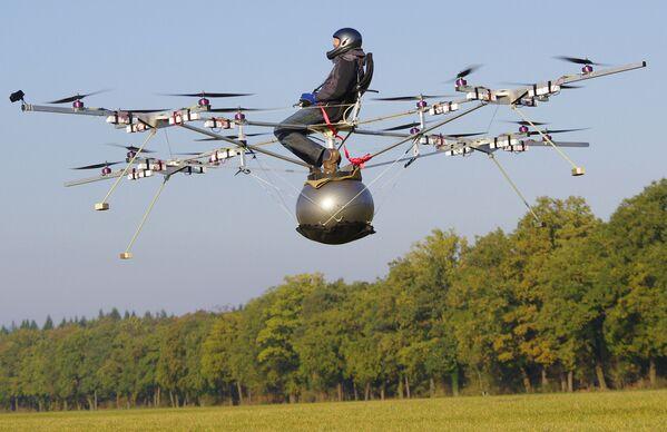 Pierwszy lot drona E-Volo - Sputnik Polska