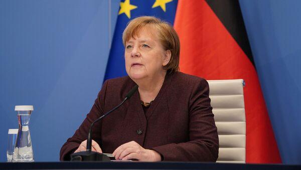 Kanclerz Niemiec Angela Merkel podczas przemówienia wideo na Światowym Forum Ekonomicznym Online w Davos - Sputnik Polska
