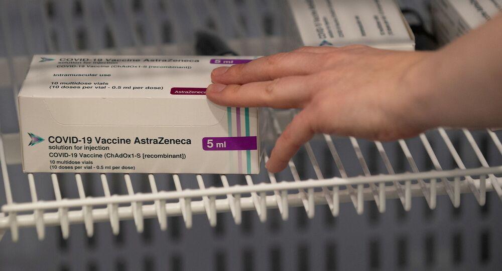 Szczepionka AstraZeneca w lodówce