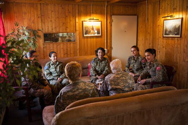 Kobiety-oficerowie tureckich sił lądowych - Sputnik Polska