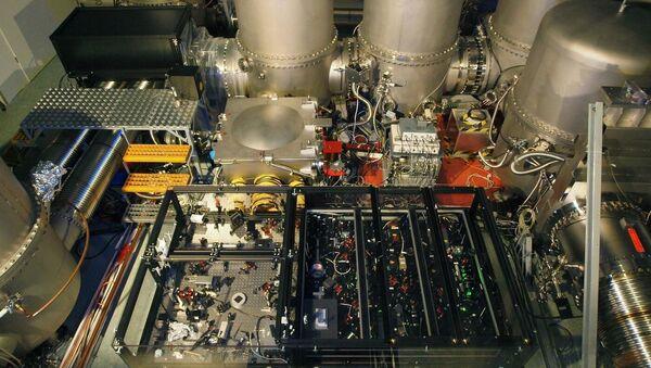 Urządzenie do uzyskiwania światła ściśniętego detektora fal grawitacyjnych GEO600 - Sputnik Polska