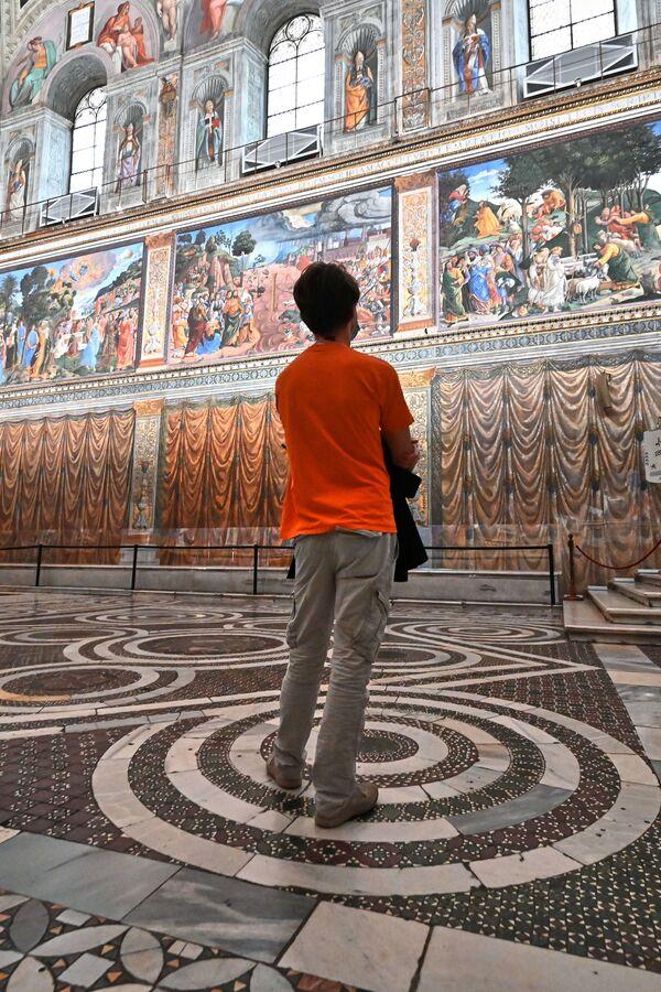 Muzea Watykańskie nigdy nie były zamknięte na tak długo,  konieczne jest cofnięcie się do II wojny światowej, aby prześledzić tak długi okres zamknięcia - Sputnik Polska