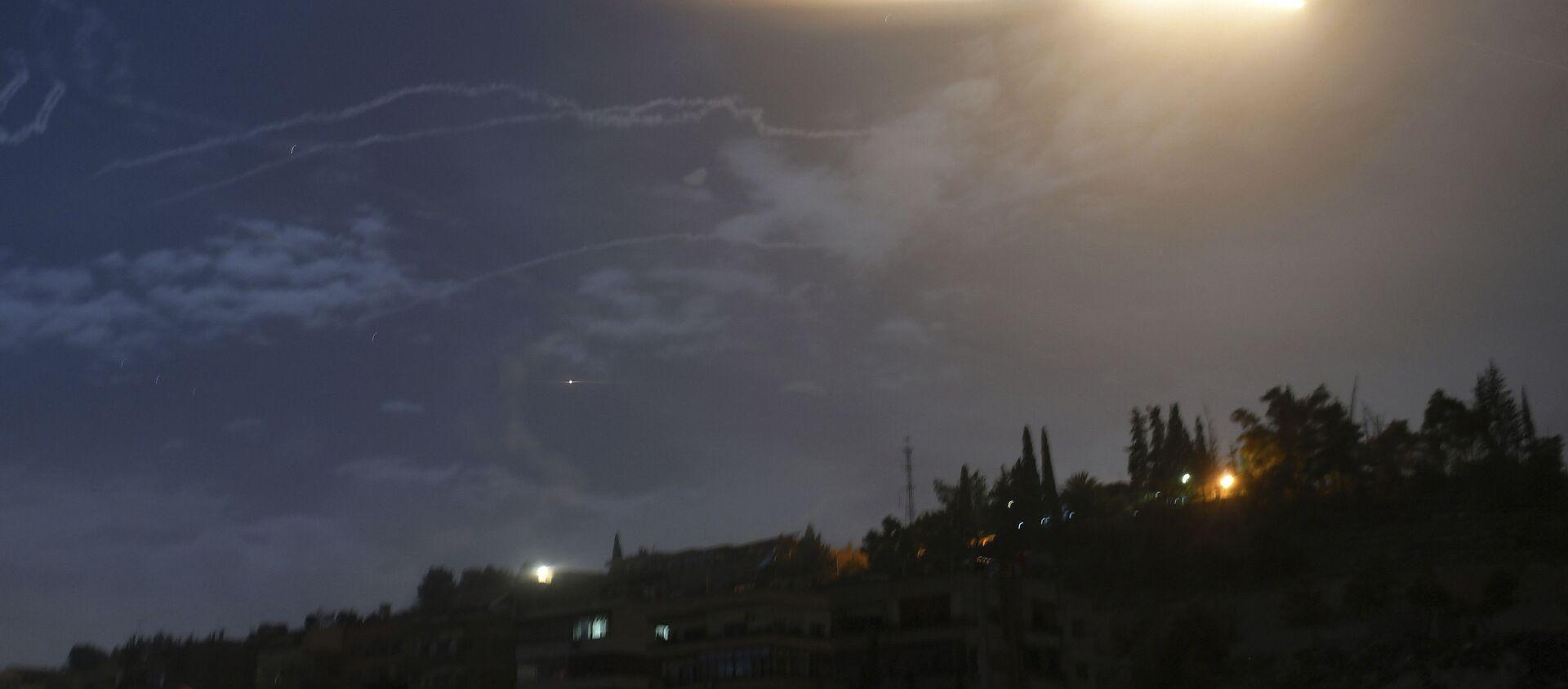 Izraelski atak rakietowy na Syrię - Sputnik Polska, 1920, 08.04.2021