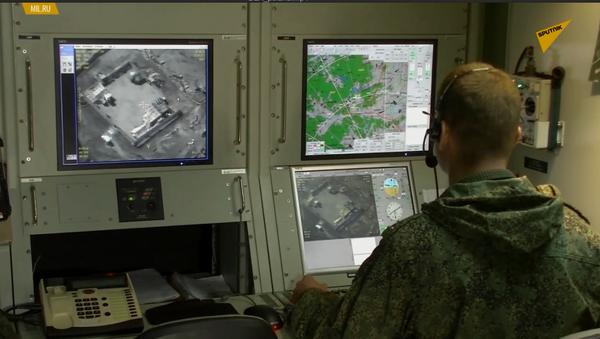 Rosyjskie siły pokojowe używają drony - Sputnik Polska