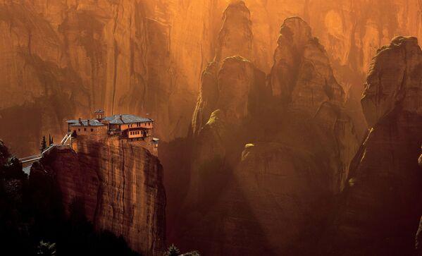 Zdjęcie klasztoru Rusanou autorstwa greckiego fotografa Αλεξανδρής Αλέξης, który wygrał konkurs Wiki Loves Monuments 2020 wśród uczestników z Grecji - Sputnik Polska