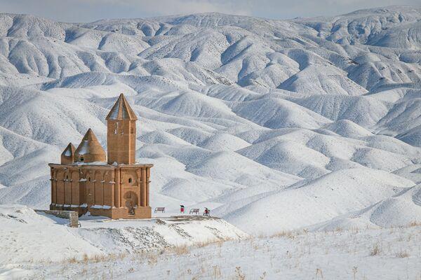 Zdjęcie kościoła św. Jana w Iranie autorstwa irańskiego fotografa Farzina IzadDoustDara, który wygrał konkurs Wiki Loves Monuments 2020 wśród uczestników z Iranu - Sputnik Polska