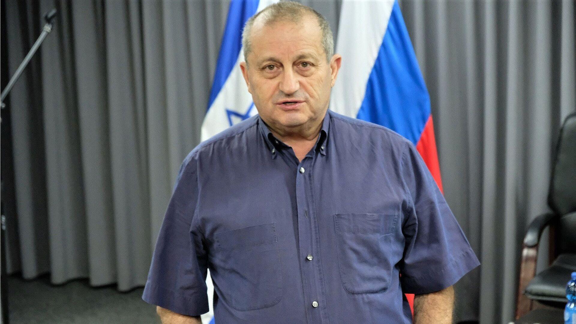 Izraelski polityk Yakov Kedmi w Centrum Kultury Rosyjskiej w Tel-Awiwie - Sputnik Polska, 1920, 19.07.2021