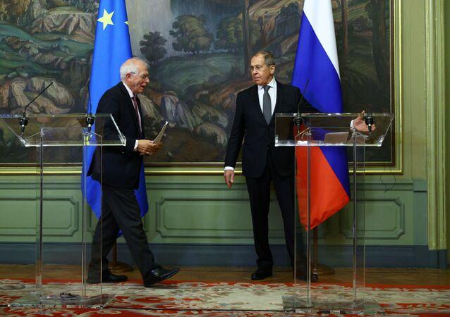 Minister spraw zagranicznych Rosji Siergiej Ławrow i szef unijnej dyplomacji Josep Borrell, Moskwa, 05.02.2021 r.