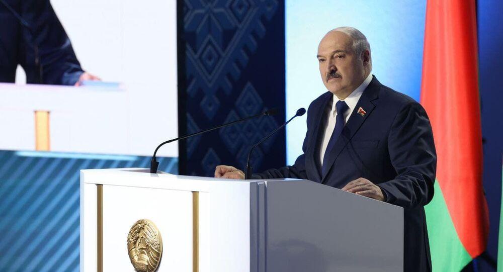 Prezydent Białorusi Aleksandr Łukaszenka na VI Wszechbiałoruskim Zgromadzeniu Narodowym w Mińsku.