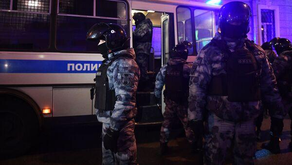 Protesty zwolenników Aleksieja Nawalnego w Moskwie. Działania OMON - Sputnik Polska