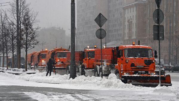 Moskwa pod śniegiem - Sputnik Polska