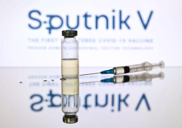 "Rosyjska szczepionka ""Sputnik V"""