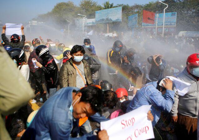 Strzelanina w Mjanmie