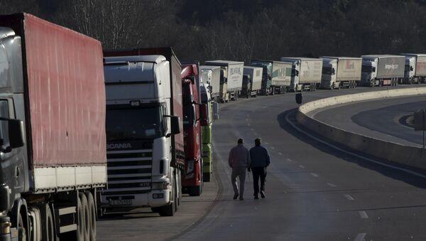 Kierowcy ciężarówek w korkach - Sputnik Polska