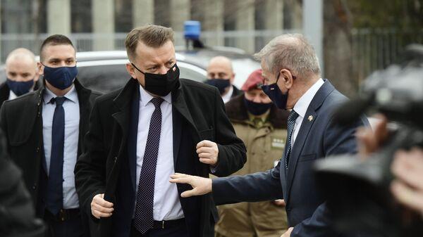 Minister Obrony Naordowej Mariusz Błaszczak i Minister Obrony Węgier Tibor Benko  - Sputnik Polska