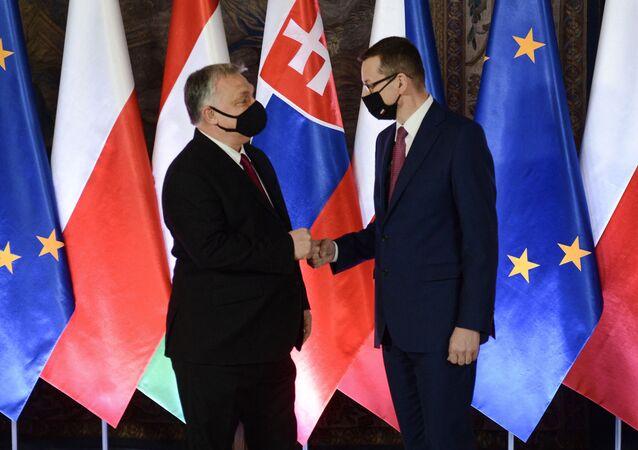Mateusz Morawiecki i Viktor Orban podczas szczytu Grupy Wyszehradzkiej w Krakowie