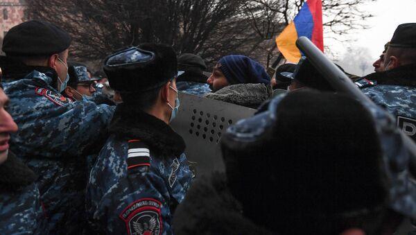 Protesty w Erywaniu. - Sputnik Polska