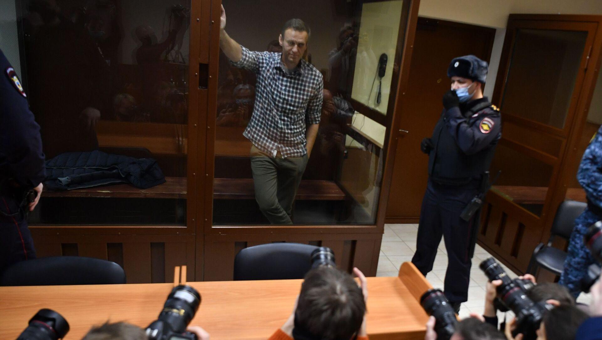 Aleksiej Nawalny w moskiewskim sądzie - Sputnik Polska, 1920, 22.02.2021