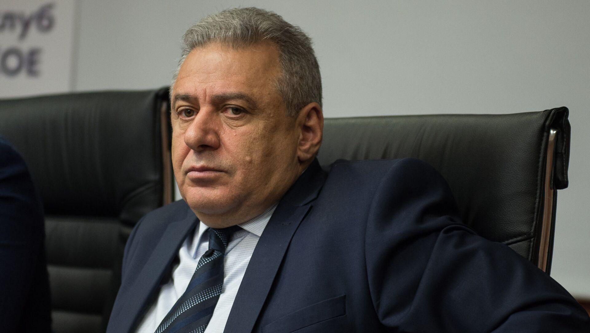 Minister obrony Armenii: Erywań jest zainteresowany rozbudową rosyjskiej bazy wojskowej - Sputnik Polska, 1920, 22.02.2021