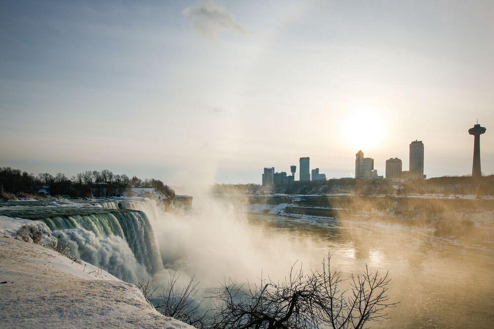 Amerykańskie wodospady w Niagara Falls w stanie Nowy Jork