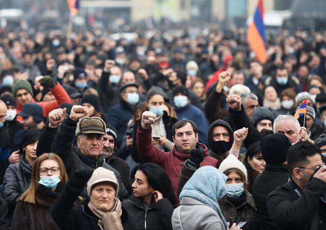 Protesty opozycji w Erywaniu