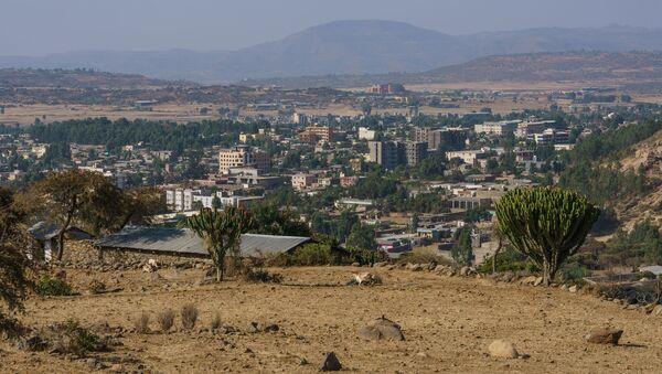 Widok ze wzgórza w pobliżu Abba Pentalevon w mieście Aksum, region Tigraj, Etiopia - Sputnik Polska