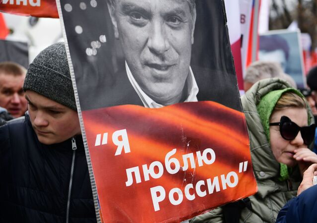 Uczestnicy marszu pamięci Borysa Niemcowa w Moskwie.