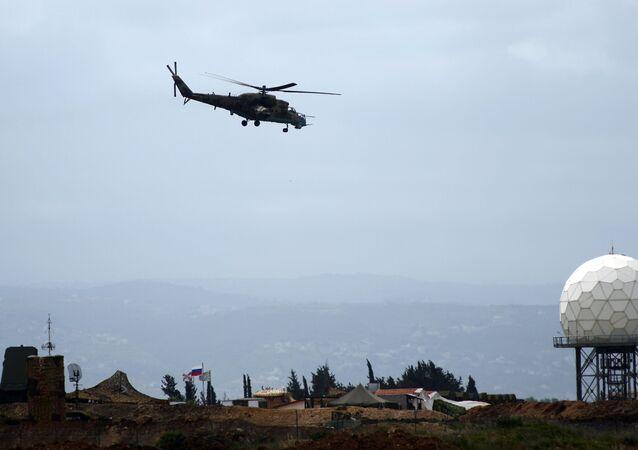 Rosyjski śmigłowiec Mi-35 w Syrii.