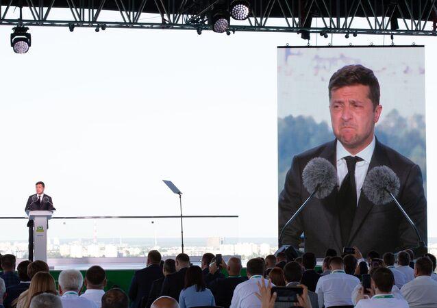 Prezydent Ukrainy Wołodymyr Zełenski na zjeździe partii Sługa Narodu w Kijowie.